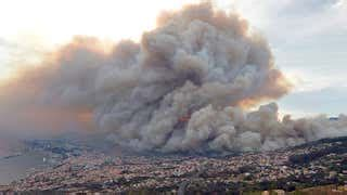 Thousands Flee Raging Portuguese, French Infernos - Videos