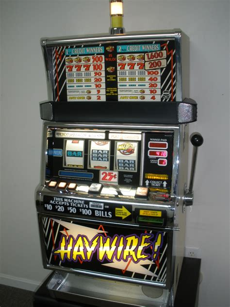 IGT HAYWIRE S2000 SLOT MACHINE For Sale • Gambler's Oasis USA