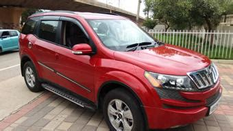 Mahindra XUV500 W9 AT Price, Specifications, Review | CarTrade