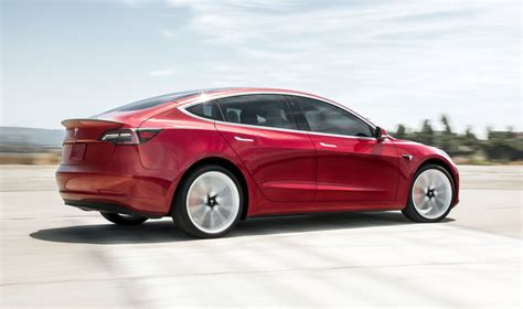 How To Maintain an Electric Car: 4 Easy Tips   Clean Fleet