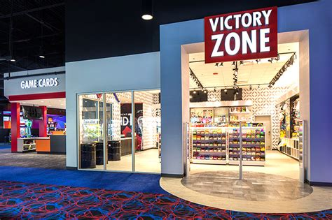 New Round 1 Arcade opens in Riverside Mall – Pony Express News