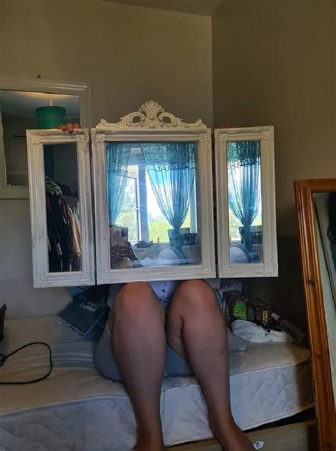 People selling mirrors is a weird little internet subgenre