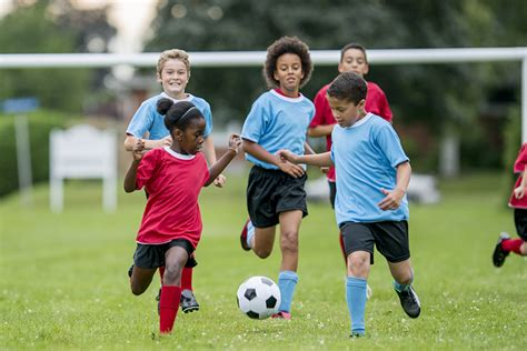 5 Healthy Lessons Kids Learn By Playing Sports