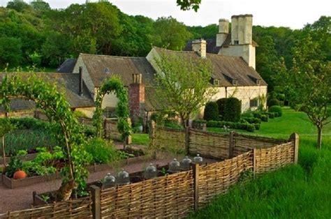 28 Best images about Garden Wattle Fence- Colonial Style
