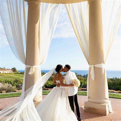PHOTOS: Chance The Rapper Marries Longtime Girlfriend In